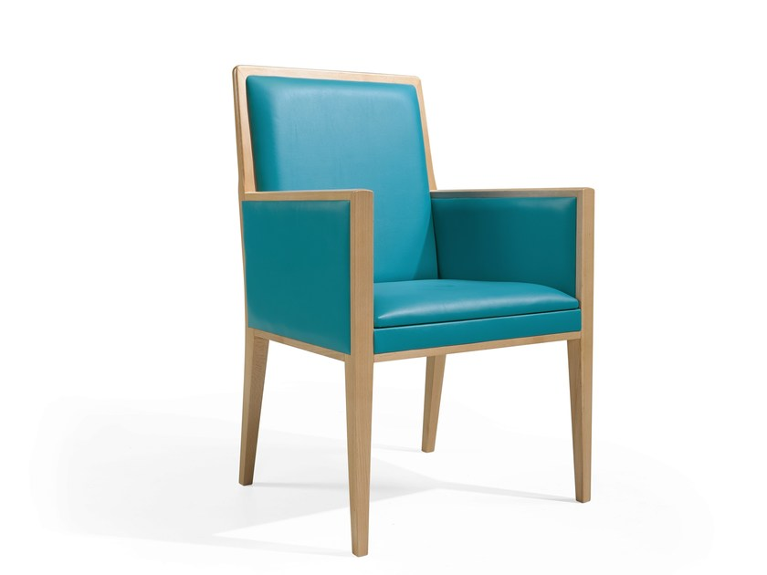 Upholstered easy chair with armrests DANI MAPLE - Fenabel - The heart of seating
