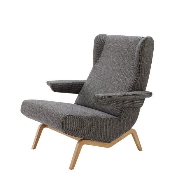 poltrona in tessuto con braccioli archi poltrona con. Black Bedroom Furniture Sets. Home Design Ideas