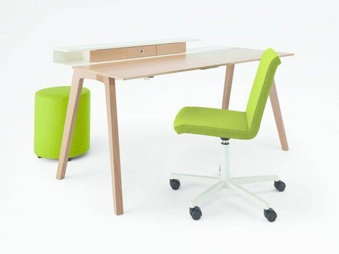Wooden office desk TABLE.H - König + Neurath