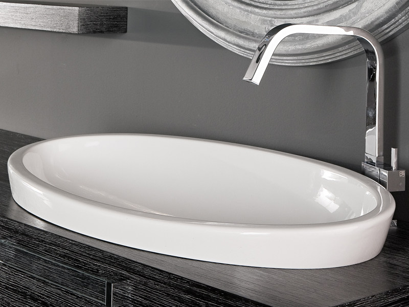 Inset oval ceramic washbasin SFERA - Edoné by Agorà Group