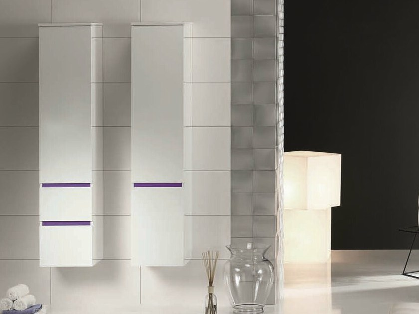 Tall bathroom cabinet with drawers QU13 | Tall bathroom cabinet by Mobiltesino