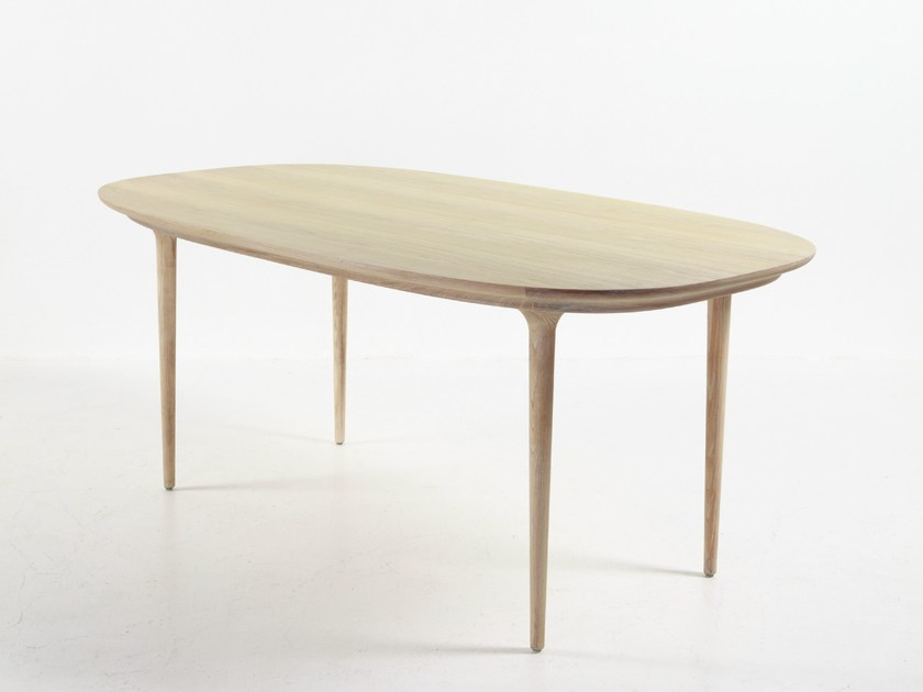 Oval wooden dining table LUNAR DINING TABLE by STELLAR WORKS
