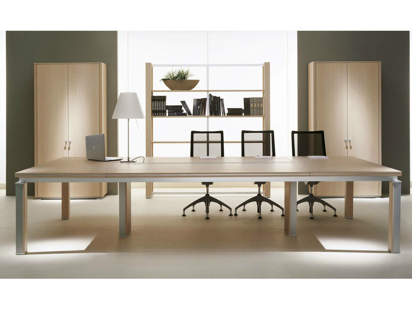 Modular rectangular wood veneer meeting table ELECTA | Modular meeting table by IFT