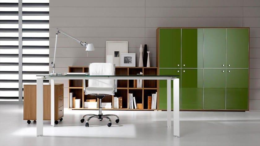 Pratiko scrivania in vetro by ift design nikolas chachamis for Scrivanie ufficio vetro prezzi