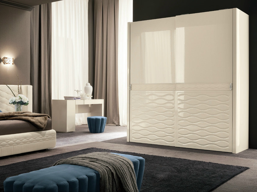 Lacquered wardrobe with sliding doors CHANEL | Wardrobe with sliding doors by Dall'Agnese