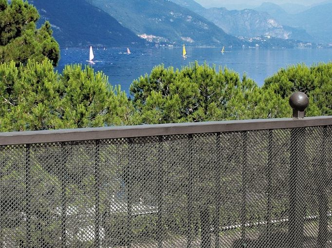 Decorative fence and wind protection AIRY - TENAX