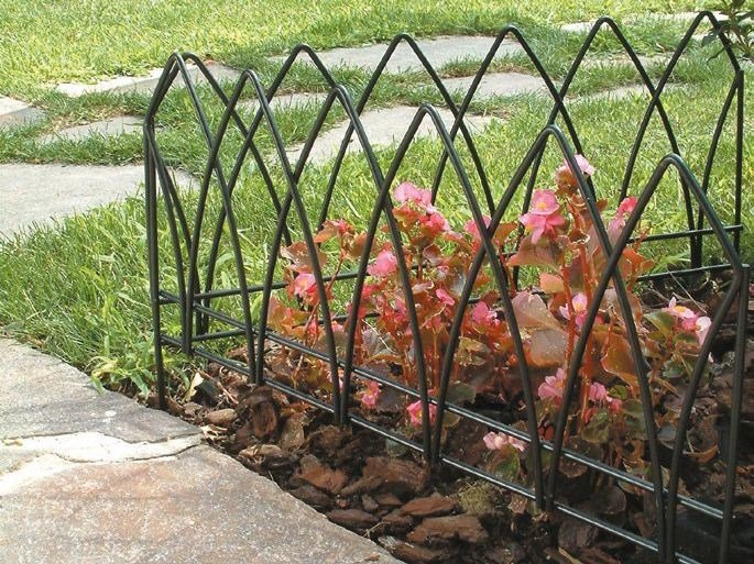 Gothic arched lawn edging GOTICDECÒ by TENAX