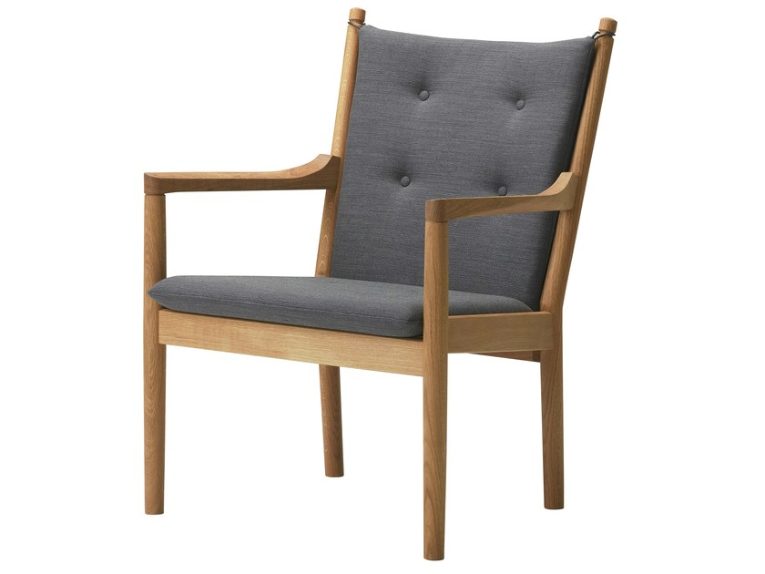 Upholstered wooden easy chair 1788 | Easy chair by FREDERICIA FURNITURE