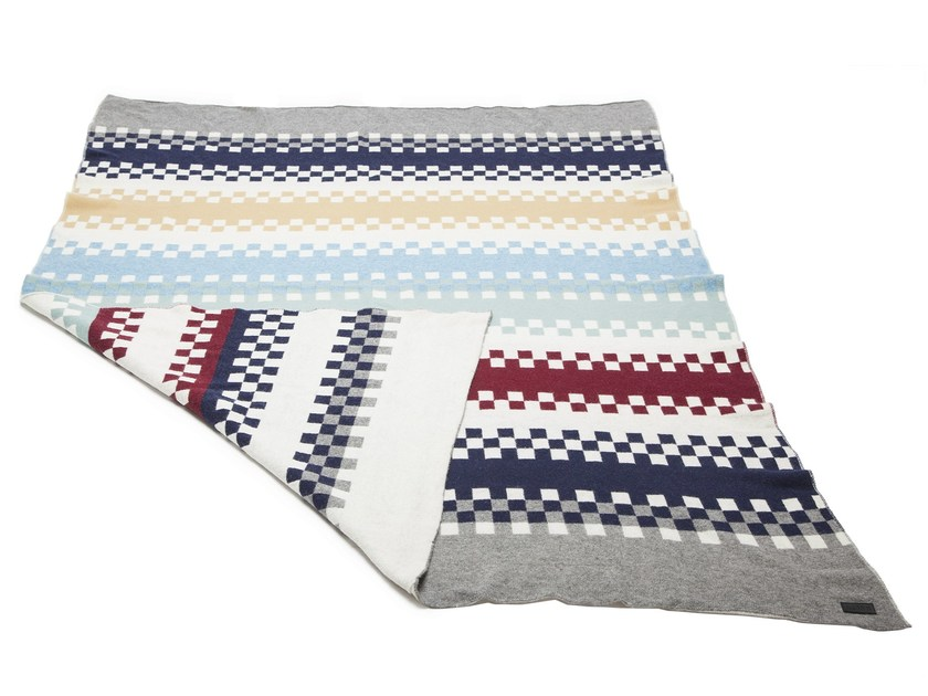 Wool blanket with graphic pattern DOMINO - NORR11