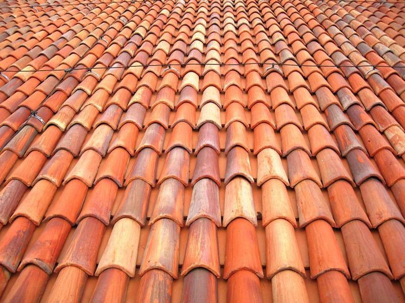 Quarry bent roof tile COPERTURE E ACCESSORI by FORNACE FONTI
