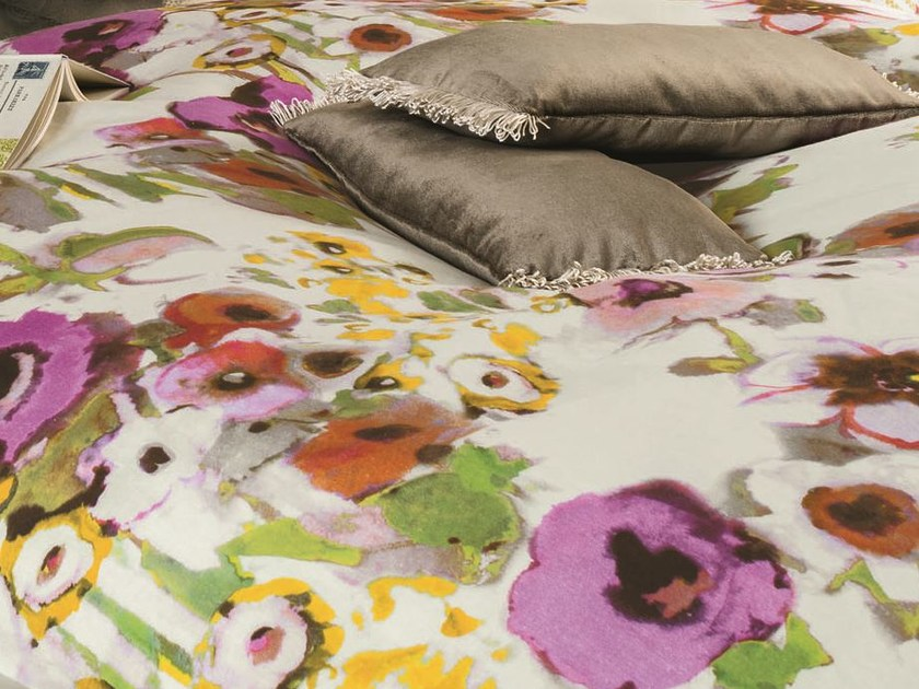 Linen upholstery fabric with floral pattern BEL ÉTÉ | Upholstery fabric by Zimmer + Rohde