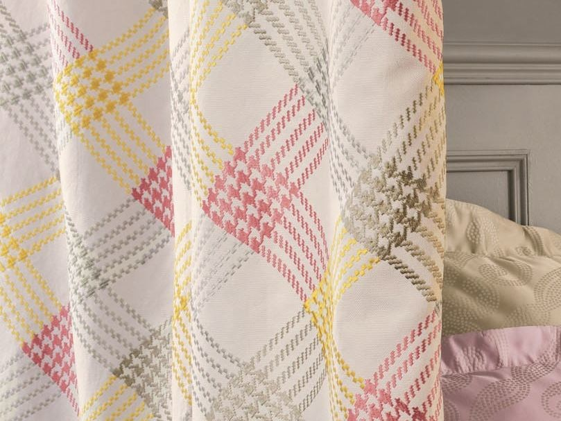 Fabric with graphic pattern for curtains WEEK-END by Zimmer + Rohde