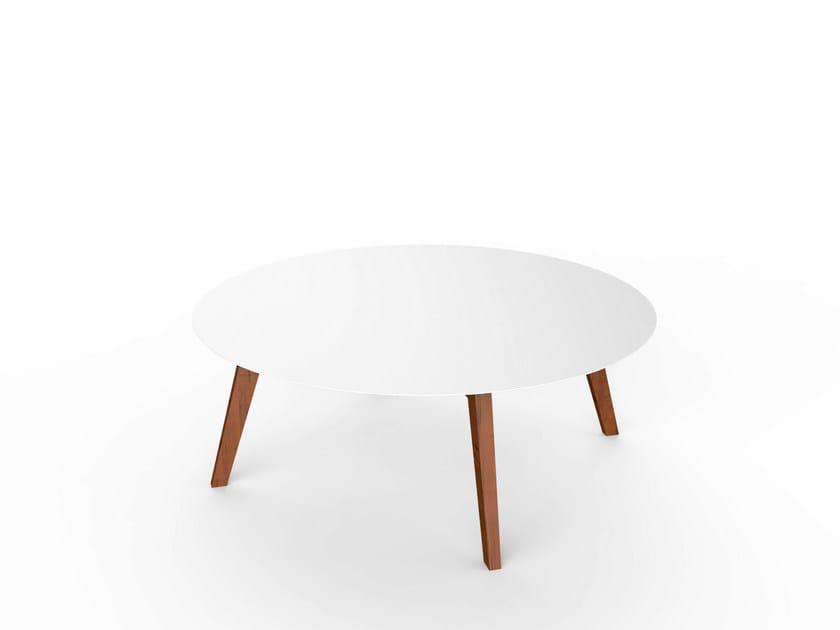Round Corian® garden side table SLIM WOOD LOUNGE TABLE 110 - VITEO