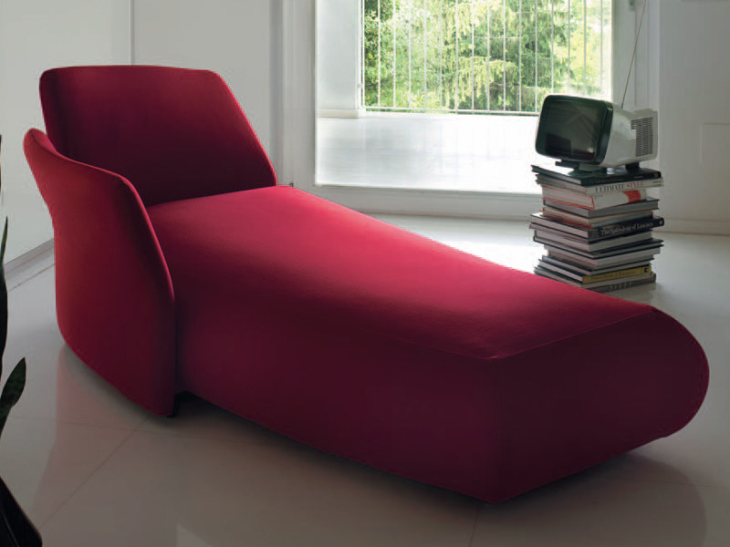 Chaise longue pin up by feg industria mobili design for Industria mobili