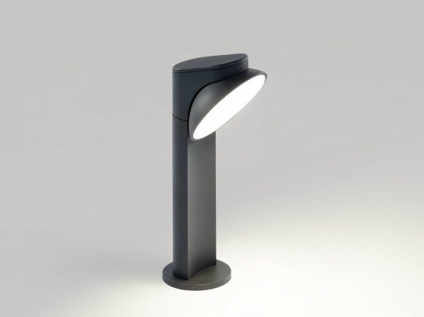 LED bollard light TWEETER X P 30 by Delta Light