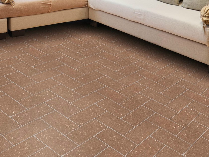 Quarry flooring Pockmarked terracotta - Walnut - DANILO RAMAZZOTTI ITALIAN HOUSE FLOOR