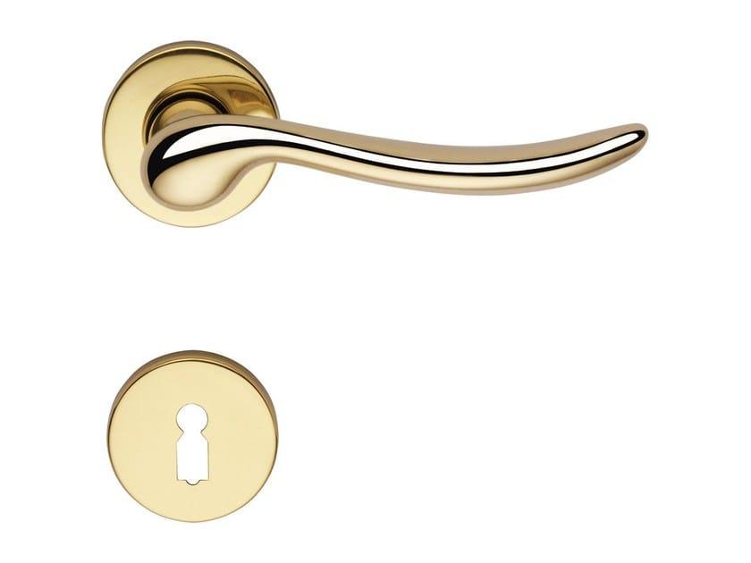 Classic style brass door handle with lock BETA | Door handle with lock - LINEA CALI'