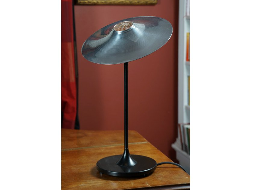 Halogen table lamp SKEW BLACK | Table lamp - Intueri Light