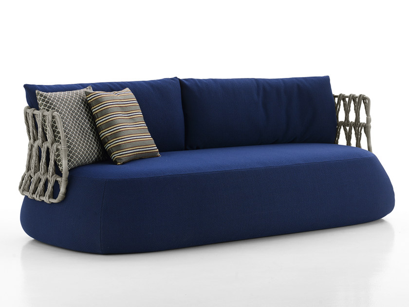 Fat sofa outdoor canap by b b italia outdoor a brand of for B b italia novedrate