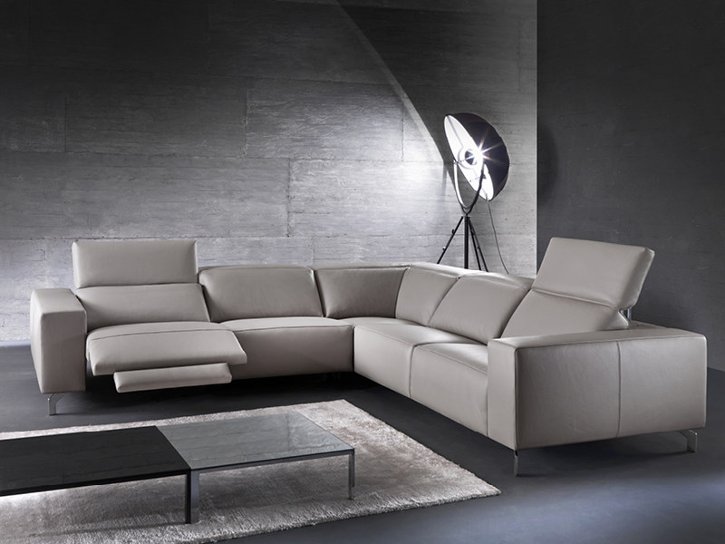 Corner recliner sofa with electric motion SOHO - Divanidea