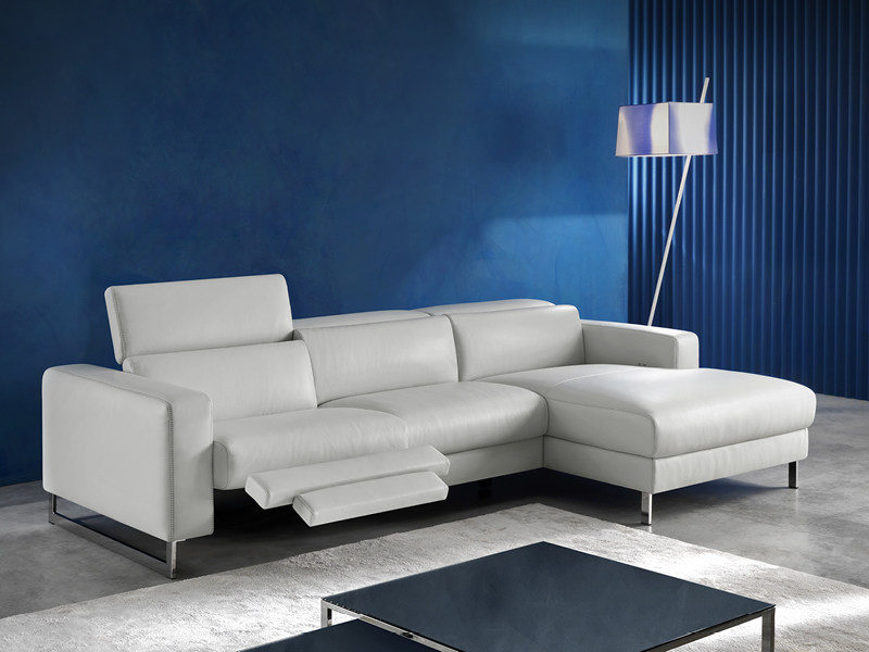 Recliner sofa with chaise longue with electric motion SIDNEY - Divanidea