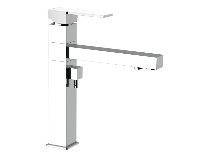 Countertop kitchen mixer tap with diverter Q 40 DW | Kitchen mixer tap with diverter - Remer Rubinetterie