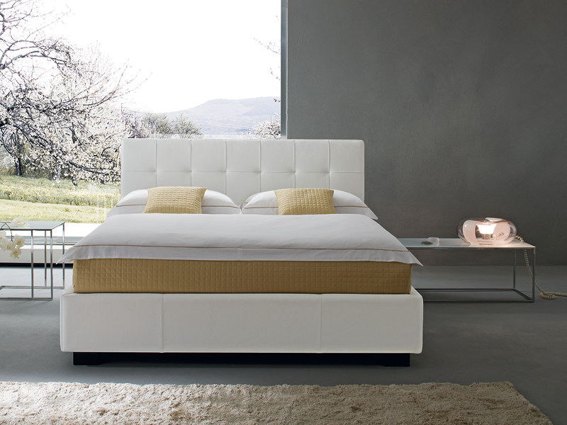 Upholstered double bed MATISSE by Divanidea