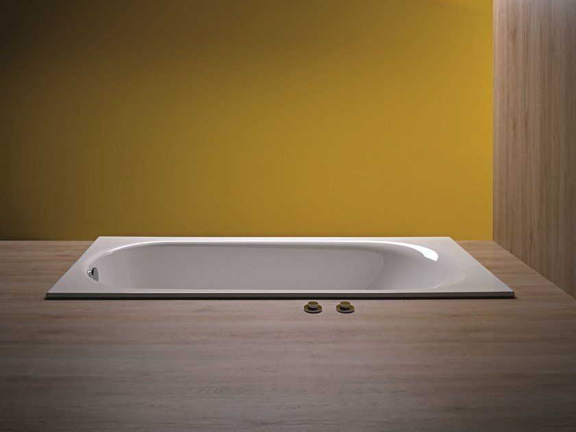 Rectangular enamelled steel bathtub BETTECOMODO | Bathtub - Bette