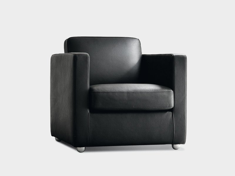Upholstered armchair with armrests GIORGY - Divanidea