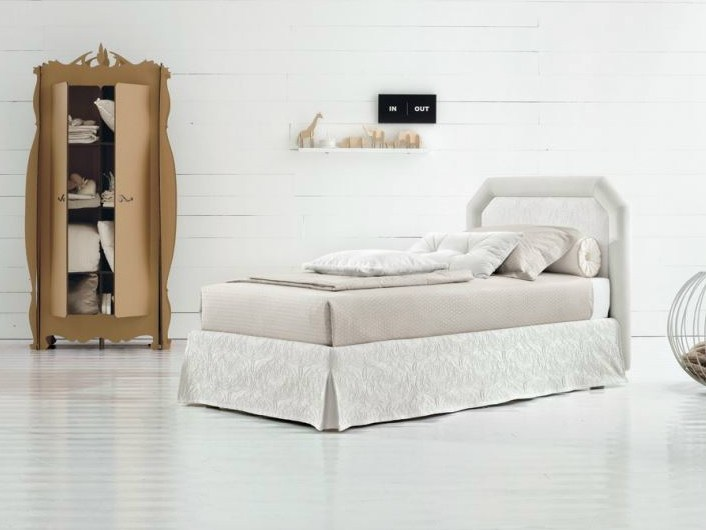 Fabric storage bed CAMILLE - Twils