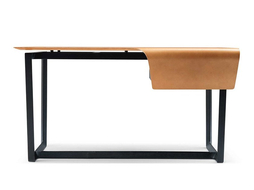 Tanned leather writing desk FRED - Poltrona Frau