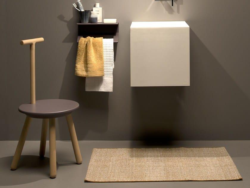 Sgabello per bagno in faggio rung sgabello per bagno ever life design - Sgabello per bagno ...