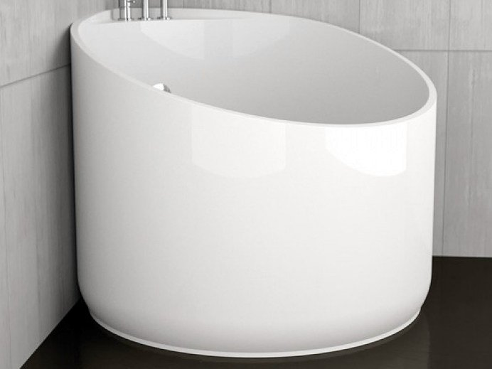 Corner round bathtub MINI WHITE by Glass Design