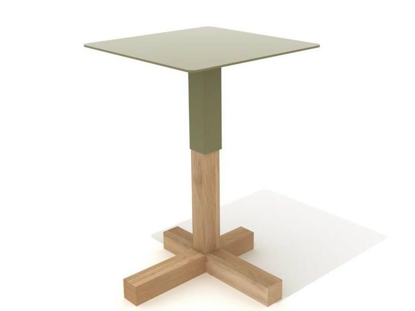 Table d 39 appoint carr e en acier et bois quad by universo - Table d appoint carree ...