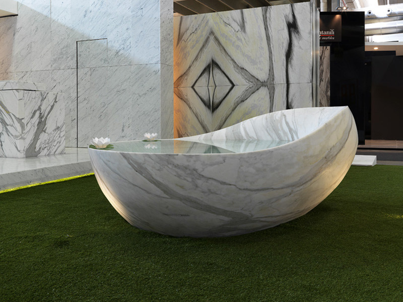Marble bathtub ovum by franchi umberto marmi design for Objetos hechos con marmol