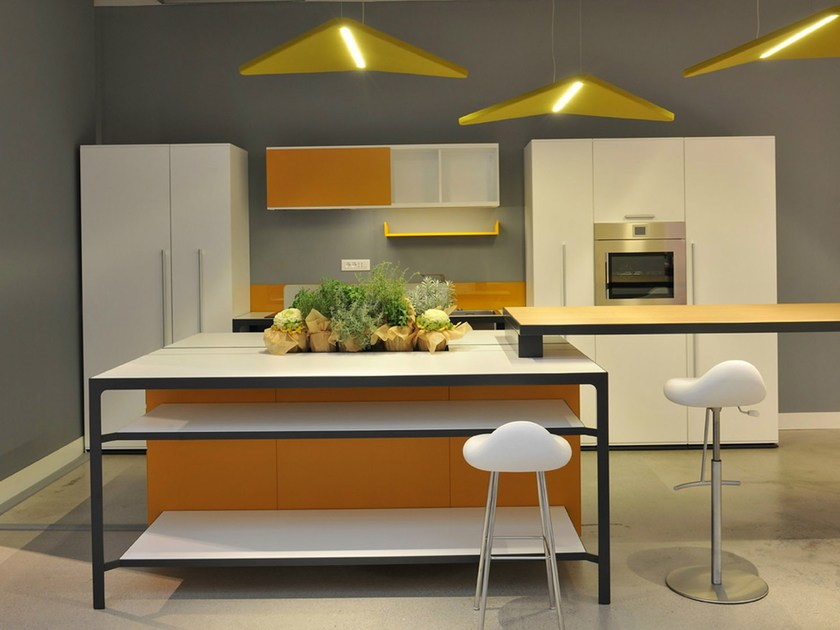 Kitchen with island MORE KITCHEN ISOLA - ESTEL GROUP
