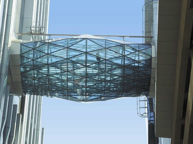 Colored solar control glass Pilkington Arctic Blue™ - PILKINGTON ITALIA