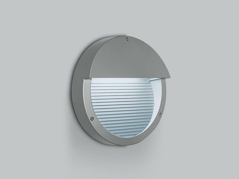 Wall-mounted fluorescent steplight COMFORT by iGuzzini