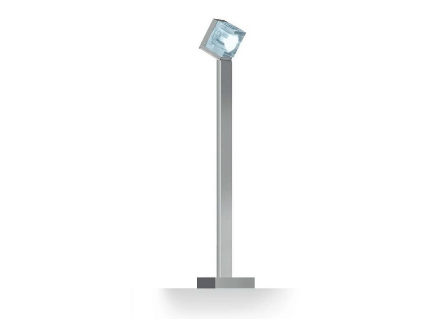 LED Garden bollard light GLIM CUBE | Garden bollard light - iGuzzini Illuminazione