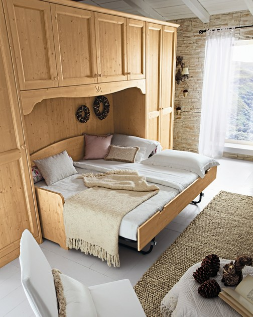 Camera da letto in legno in stile country every day night - Camere da letto stile country ...