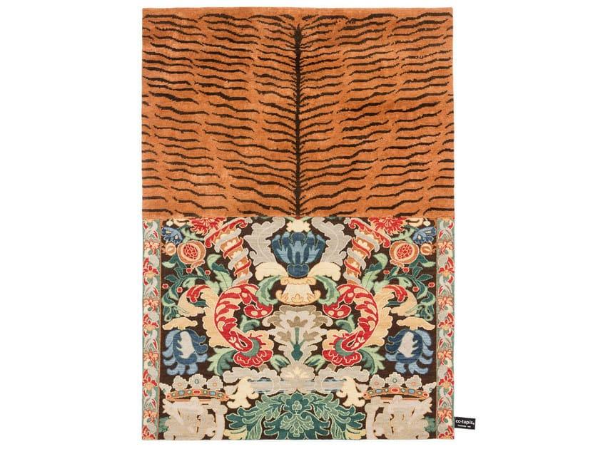 Handmade custom rug CROSS(ME)NOT C by cc-tapis ®