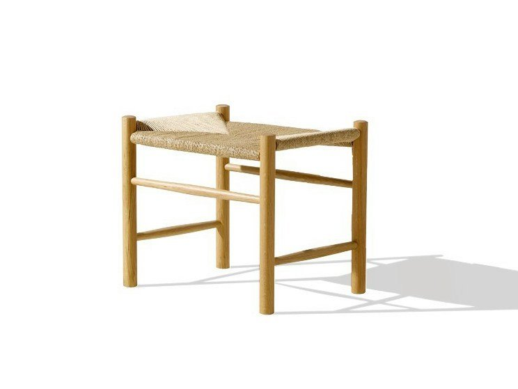 Low wooden stool J16 | Stool - FREDERICIA FURNITURE