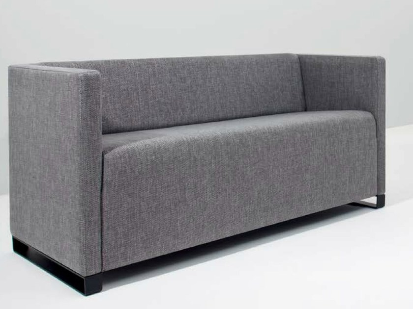 Fabric leisure sofa Q-BÓ | Sofa - Riccardo Rivoli Design