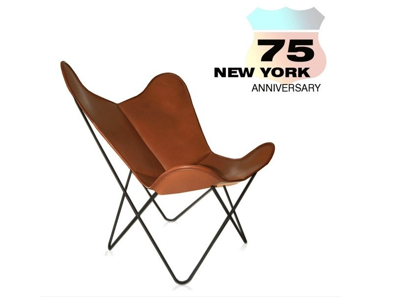 Tanned leather armchair HARDOY BUTTERFLY CHAIR 75TH ANNIVERSARY - WEINBAUM
