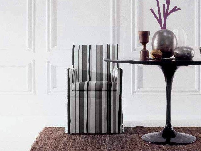 Chair with armrests URSULA - Twils