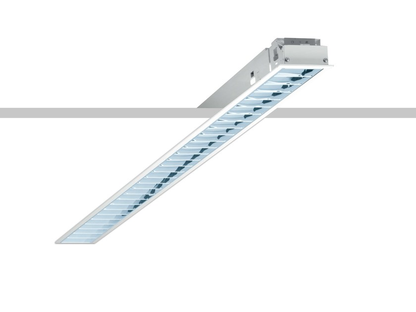 Built-in lamp for false ceiling LINEUP - iGuzzini Illuminazione