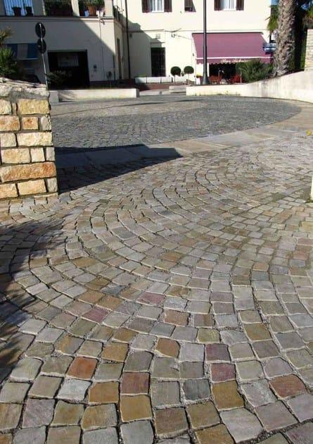 Pavimenti per giardino in pietra brave pavimenti in gres - Piastrelle antitrauma prezzi ...