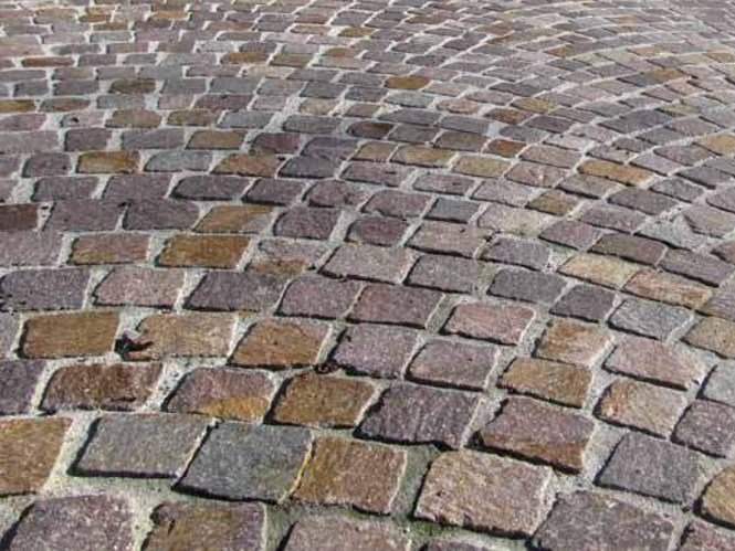 Pavimento per esterni in porfido porfido del trentino - Piastrelle effetto roccia ...