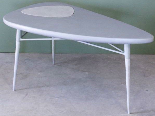 Resin table NAXO | Table - Binome