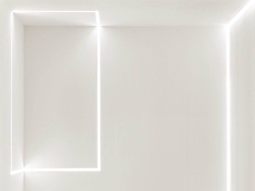 Built-in Linear lighting profile for LED modules MOONLINE - FLOS
